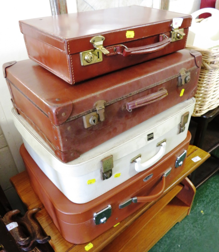 Lot 66 - SMALL BROWN LEATHER TRAVEL CASE AND THREE OTHER VINTAGE TRAVEL CASES