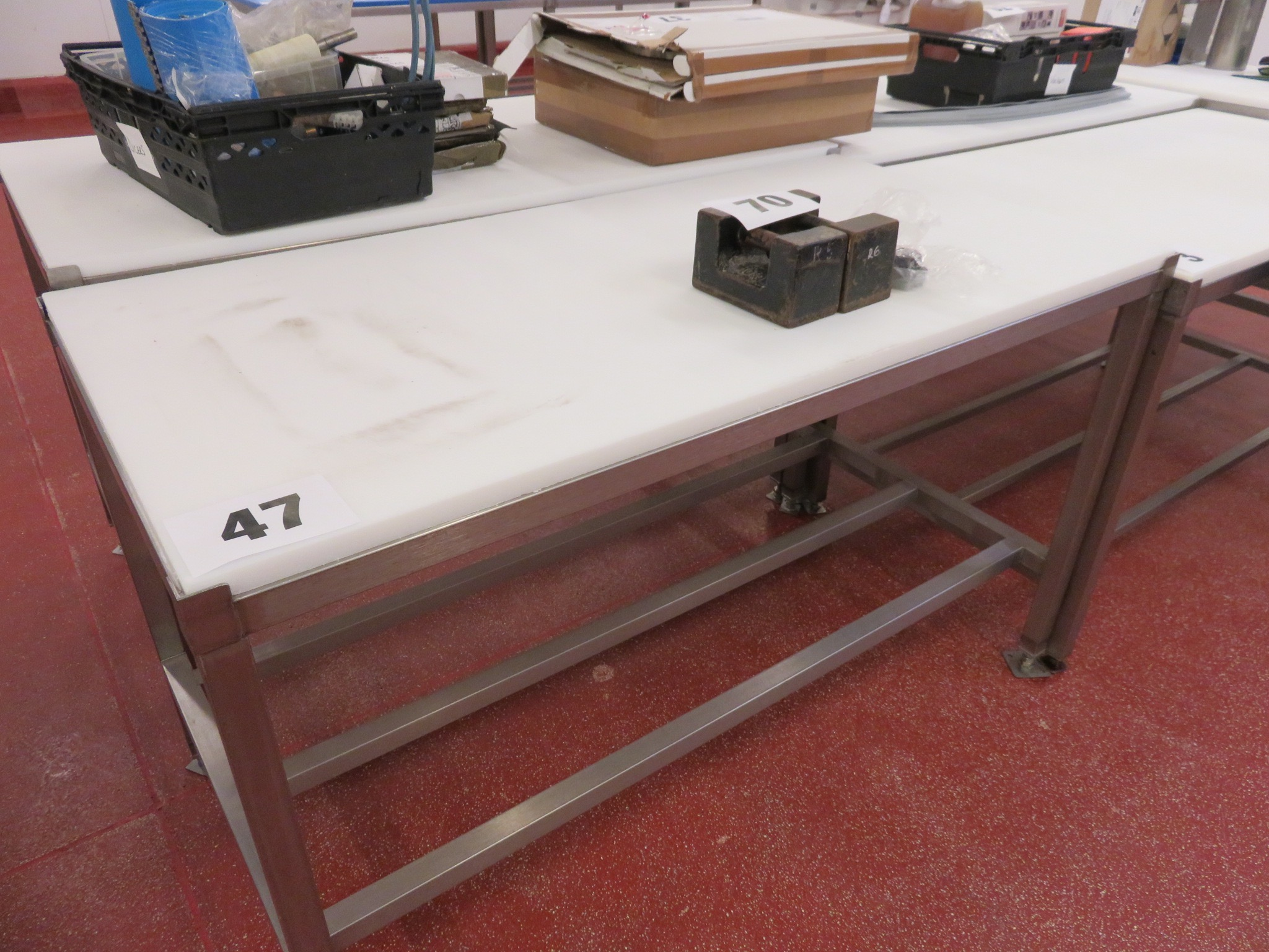 Lot 47 - s/s Cutting Table. 1.5 metres long x 750mm wide. Lift Out £15
