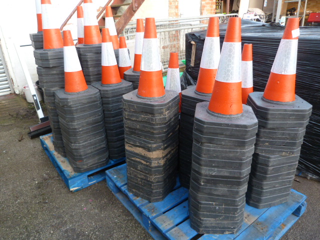 Lot 28 - 2 Pallets containing Approx 185 Traffic Cones