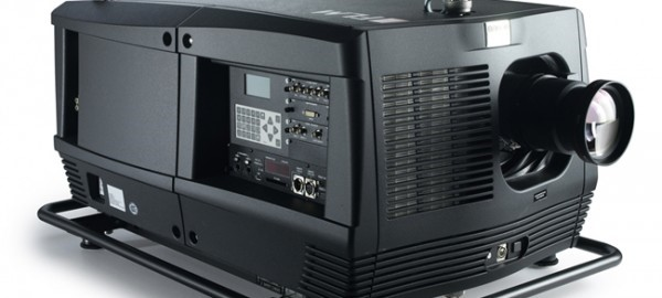 Lot 3 - Barco HD20 Digital Projector with HBTLD+ Zoom Lens SXGA+ 4.5-7.5, &.5-11.2 Zoom Lens with 40'