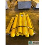 (LOT) (7) YELLOW PILLAR PROTECTORS