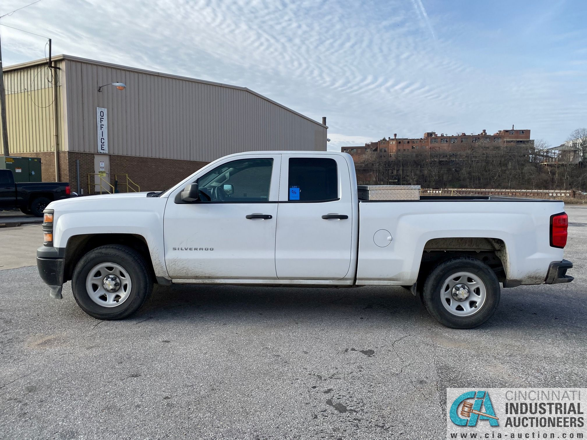 2014 CHEVROLET SILVERADO 1500 PICK UP TRUCK; VIN# 1GCRCPEH1EZ239274, 67,252 MILES SHOWING, 4.3 L, - Image 5 of 13