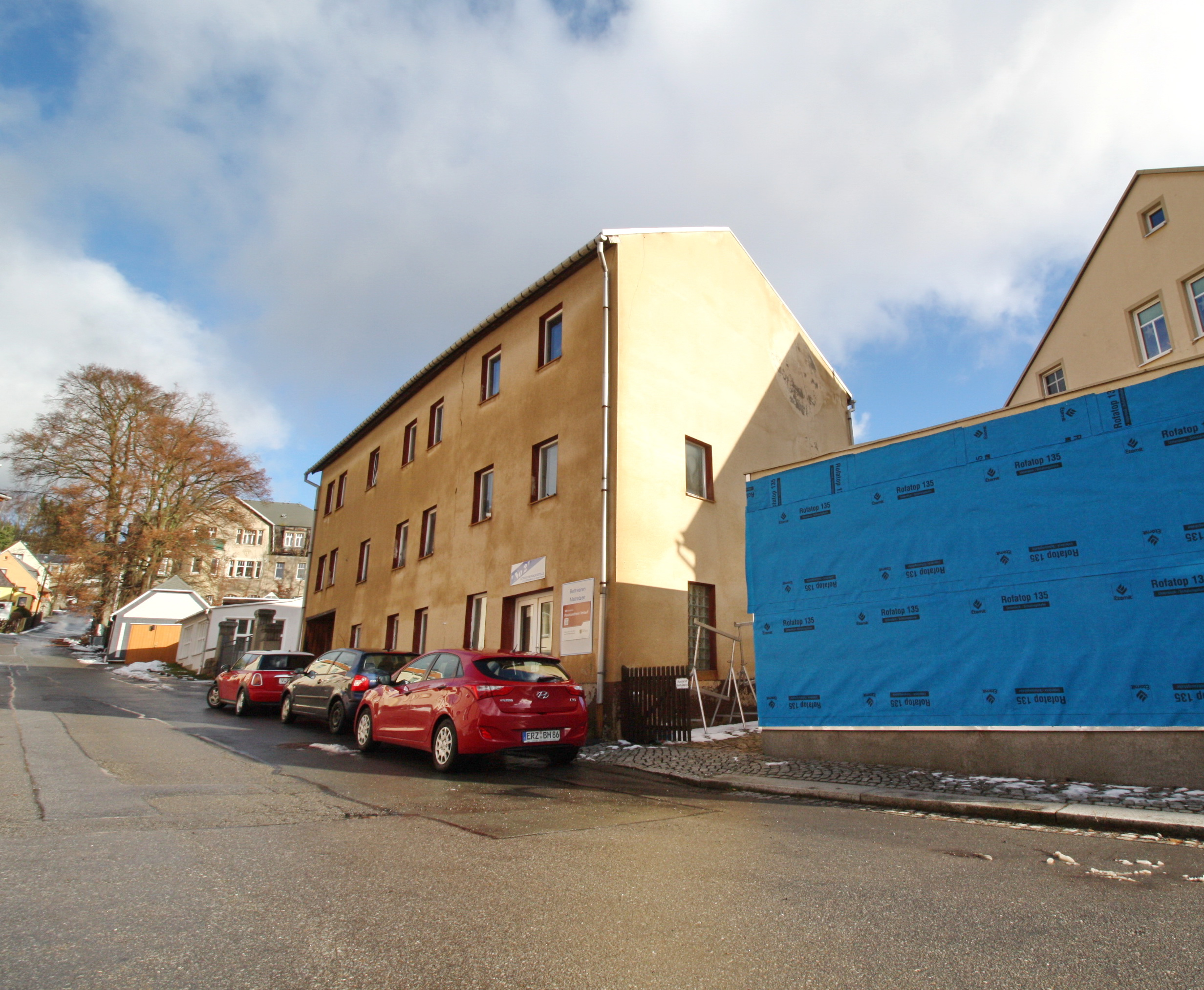 Lot 1 - FREEHOLD APARTMENT BLOCK IN THE TOWN CENTRE OF GEYER, SAXONY, GERMANY