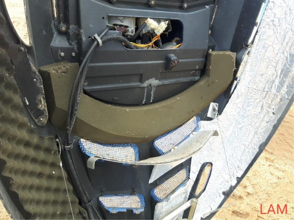 Polaris 550 RMK Trail Snowmobile - Image 5 of 7