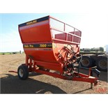 Highline Bale Pro 7000 Plus Cattleman Series Baler