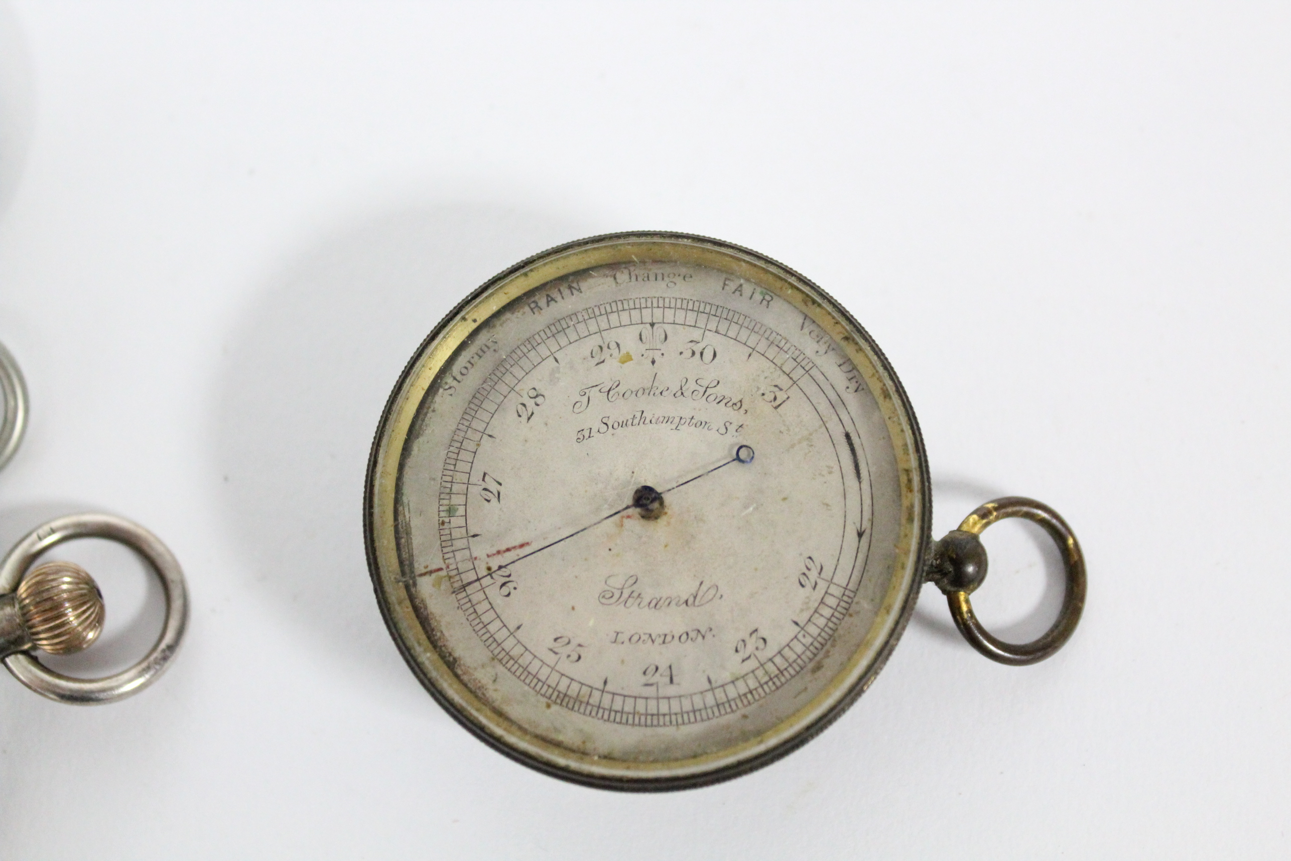 Lot 49 - An Edwardian silver cased gent's open-face pocket watch, the white enamel dial with black roman