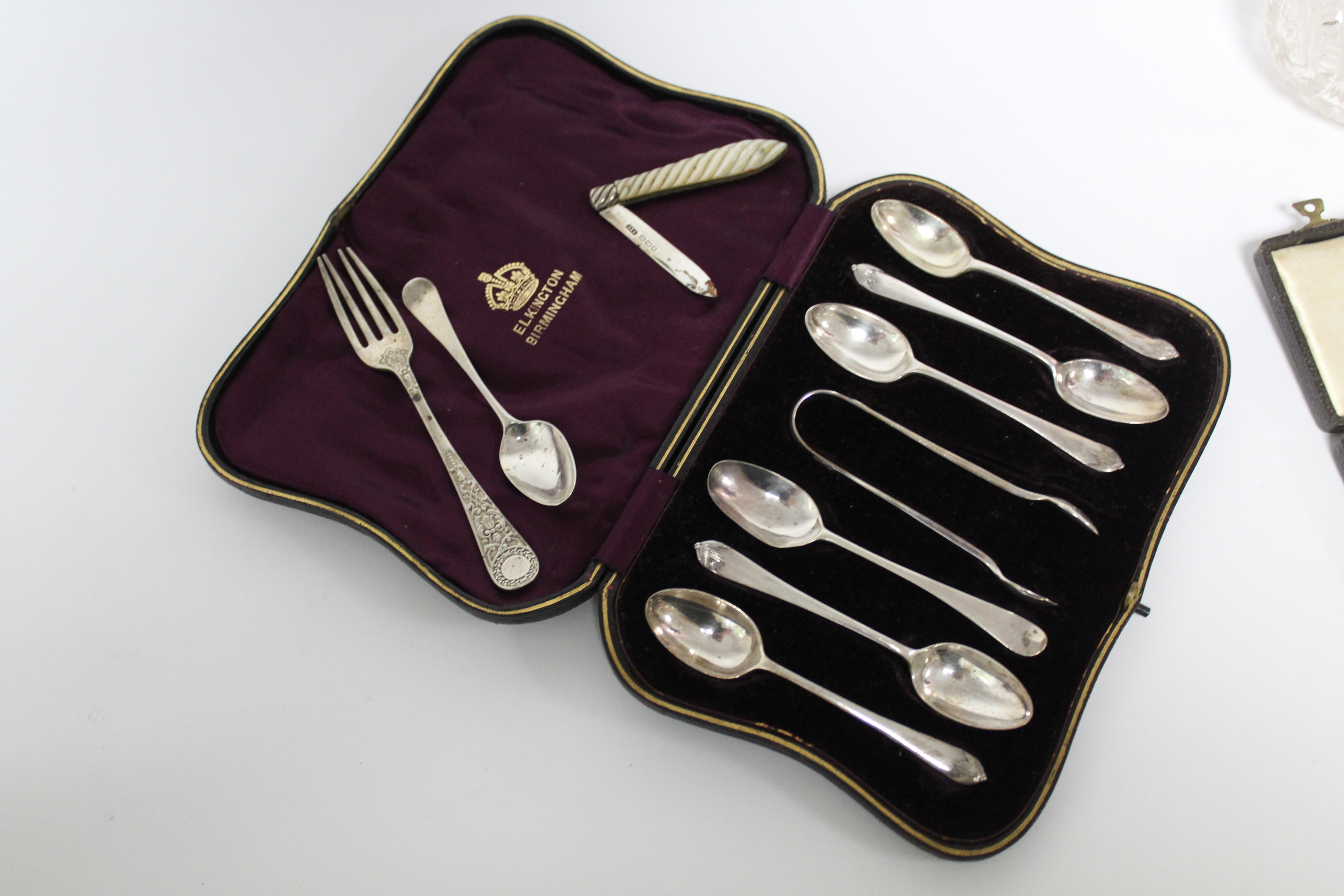 A matched set of six silver teaspoons with matching sugar tongs; Birmingham 1903, by Elkington & Co. - Image 5 of 8