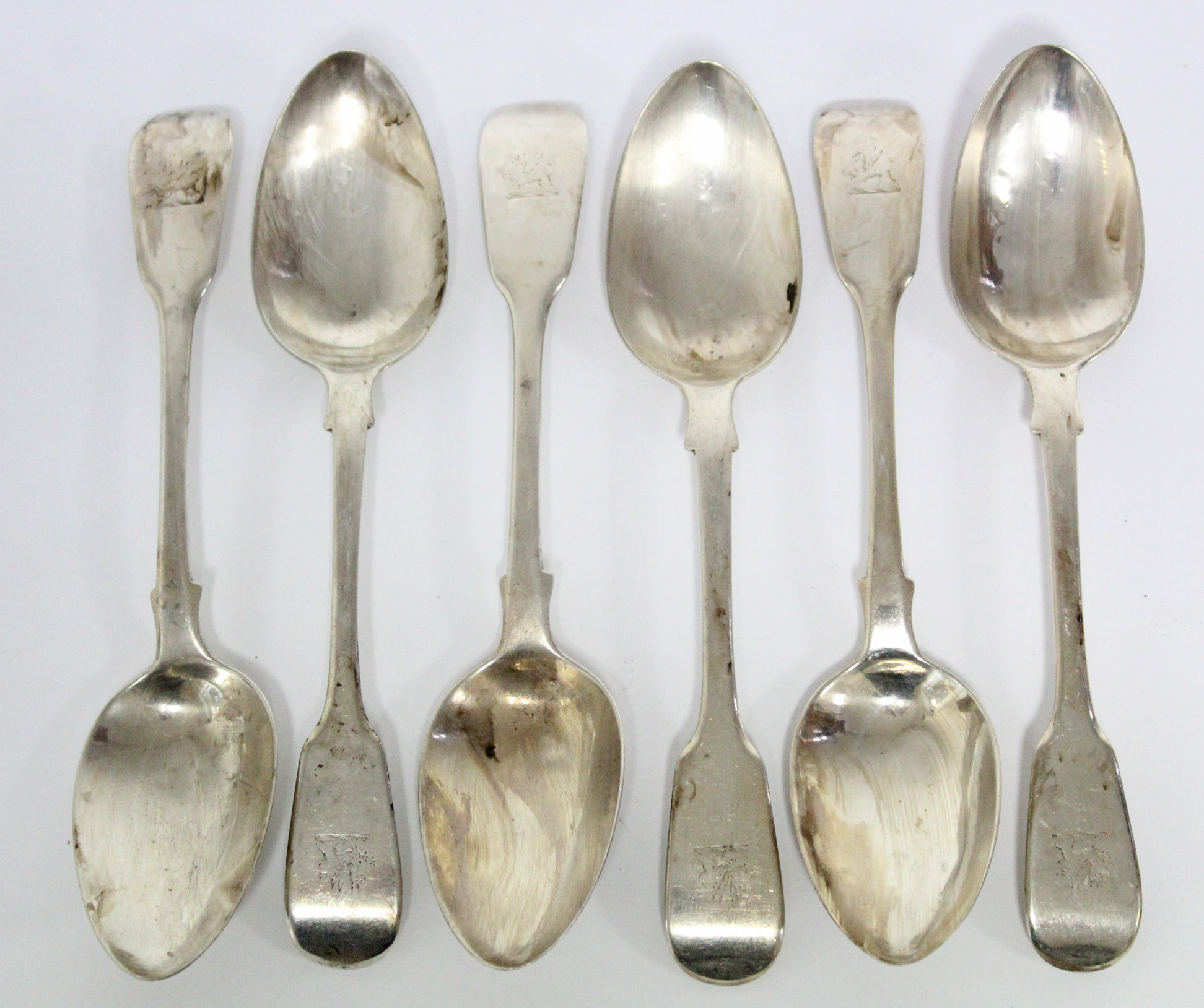 Six William IV Fiddle pattern dessert spoons, London 1831 by William Chawner II. (8½ oz).