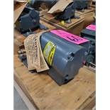 Dodge gearmotor model 6525070100, 1/6hp, single phase 115v, 70rpm out, 1625rpm input. New in box.