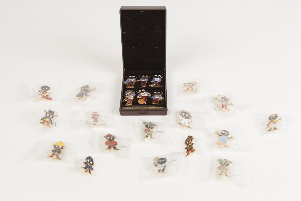 Lot 185 - A SELECTION OF JAMES ROBERTSON MODERN 'GOLLY' BADGES, includes 1985 boxed Special Edition of six