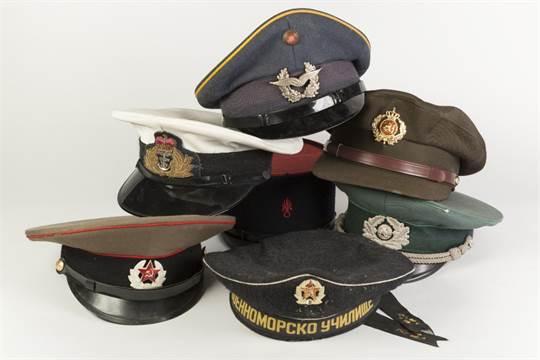ROYAL NAVY PEAK CAP, with badge bearing crowned foulded