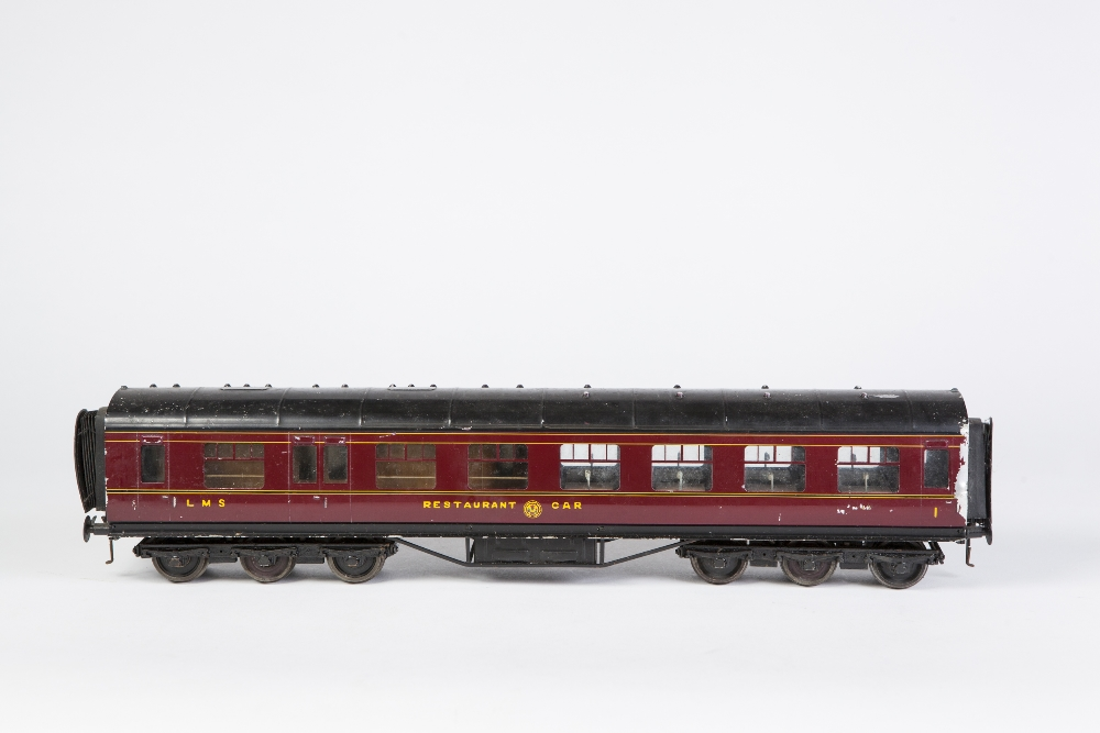 Lot 410 - TWO EXLEY 'O' GAUGE TYPE K5 PASSENGER COACHES IN L.M.S. MAROON LIVERY, viz 1st Class Restaurant