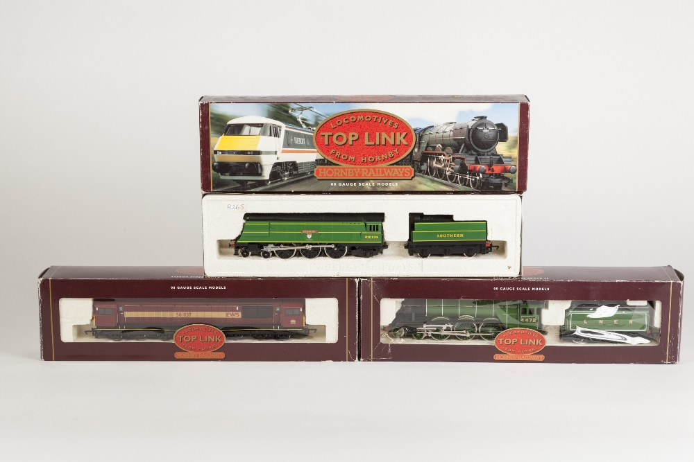 Lot 373 - THREE BOXED HORNBY RAILWAYS 00 GAUGE TOP LINK LOCOMOTIVES, viz 4-6-2 Class A3 Flying Scotsman No