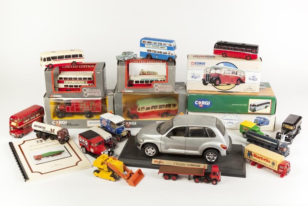 Lot 420 - CORGI CLASSICS MINT AND BOXED AEC REGAL SINGLE DECKER BUS for Grey Green, two similar items, and DIE