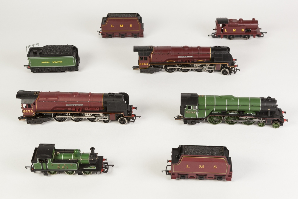 Lot 390 - THREE HORNBY 00 GAUGE 4-6-2 LOCOMOTIVES WITH TENDERS, UNBOXED viz LMS Duchess of Sutherland 6233 and