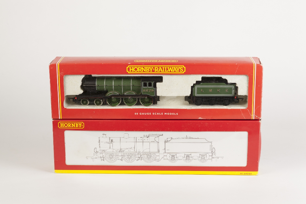 Lot 377 - TWO BOXED HORNBY AND HORNBY RAILWAYS 00 GAUGE LOCOMOTIVES AND TENDERS, viz 0-6-0 class 4F Fowler