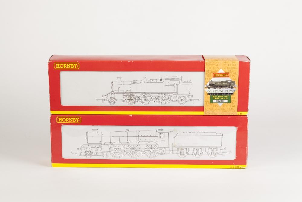 Lot 375 - TWO BOXED HORNBY 00 GAUGE LOCOMOTIVES, viz Kings Class 4-6-0 locomotive and tender King Henry VII No