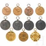 A group of eleven awardsVier Regierungs-Jubiläumsmedaillen in Bronze, das Jubiläumskreuz 1908 in der