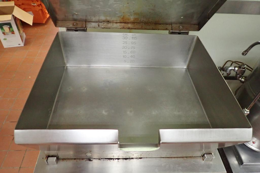 Lot 1019 - Cleveland 30 gallon steam table
