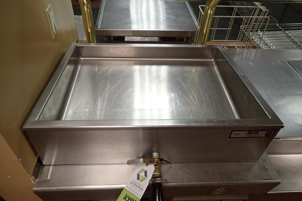 Lot 1044 - RSI SS holding tray with drain