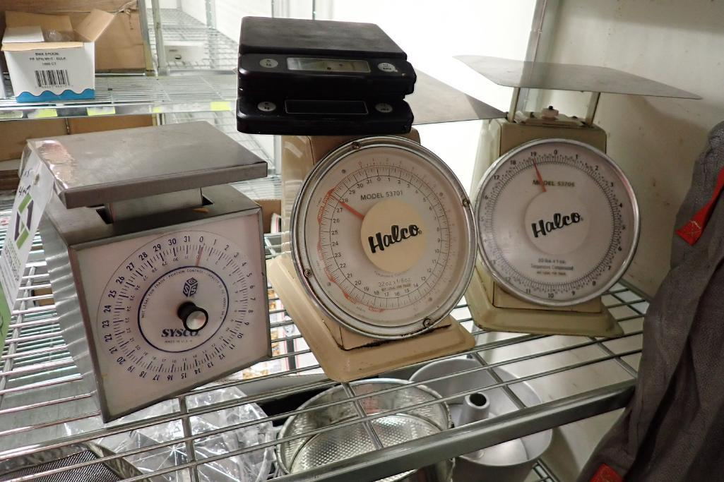 Lot 1207 - Lot of 5 assorted food scales