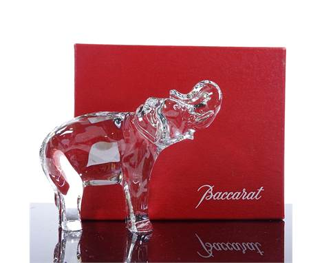A Baccarat clear crystal elephant, height 10.5cm, boxed