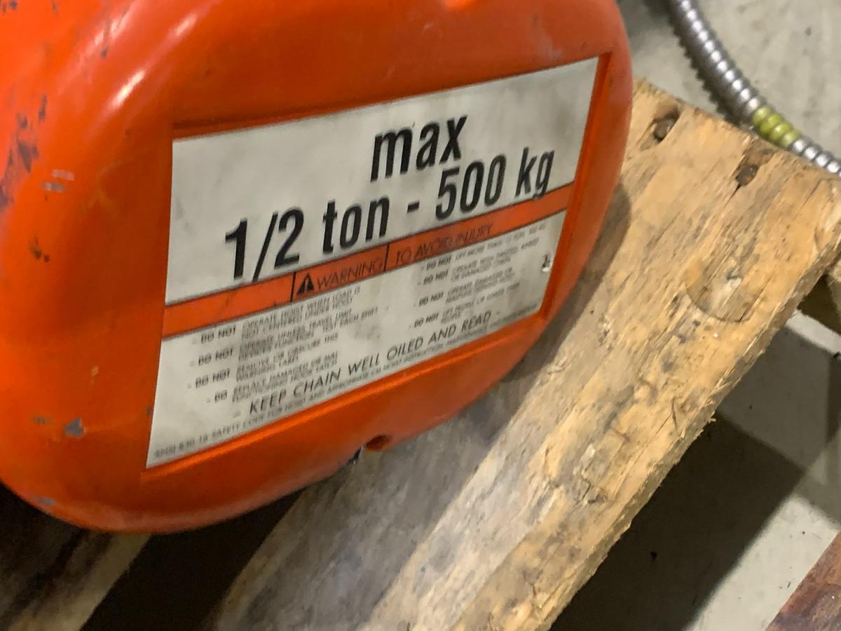 CM 1/2 TON ELECTRIC HOIST, 575 VOLTS - Image 2 of 3