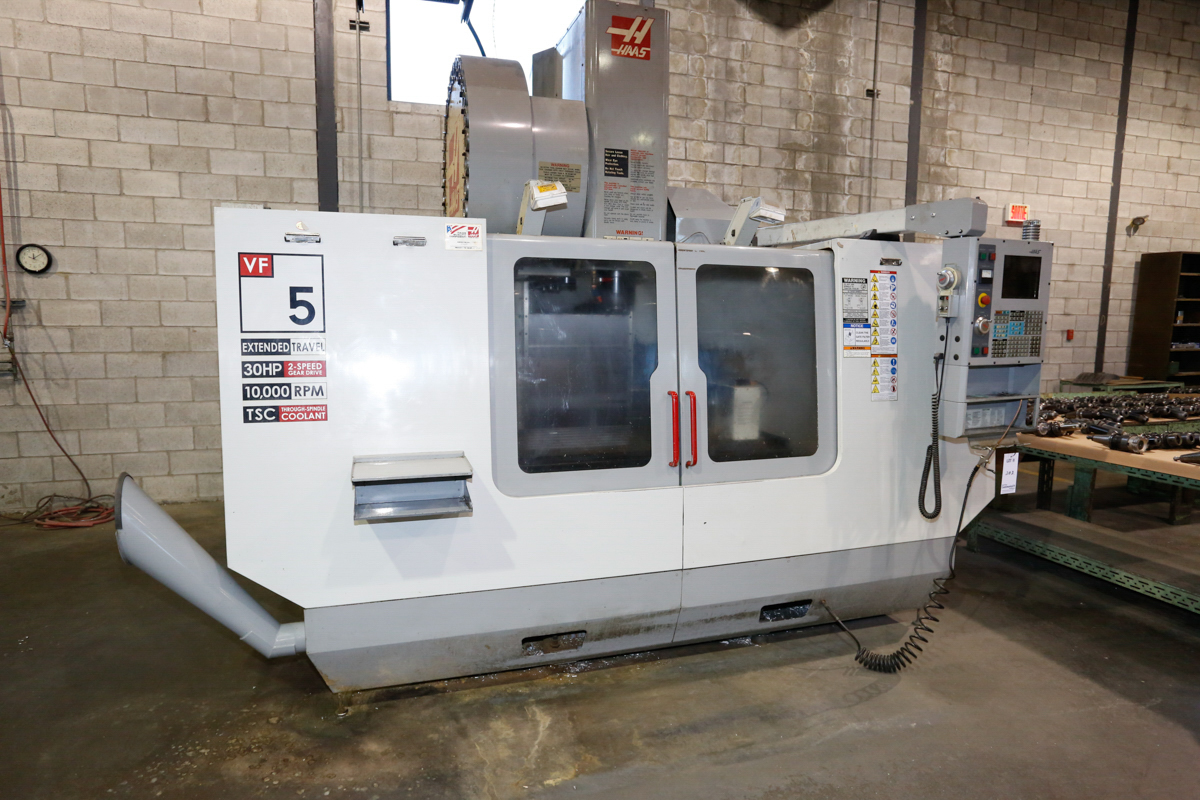 HAAS VF5/50XT 3-AXIX CNC VERTICAL MACHINING CENTER, EXTENDED TRAVEL, 10,000 RPM, 30 ATC, 30 HP 2 - Image 2 of 10