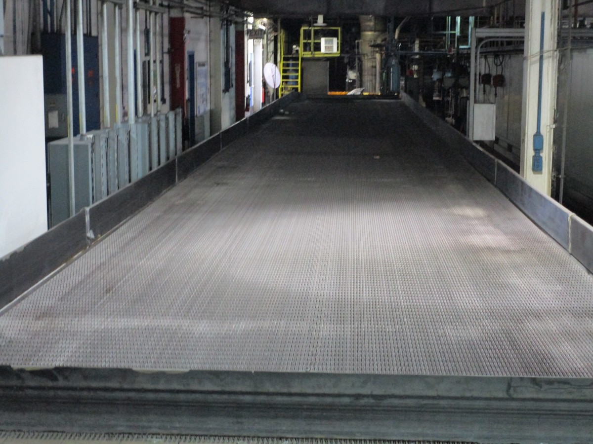 Alliance Industrial Approx. 6' x 70' Cooling Conveyor, PLC Control | Rig Fee: $7500 - Image 7 of 7