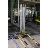 Sumner Material Lift, M# 715 | Rig Fee: $25