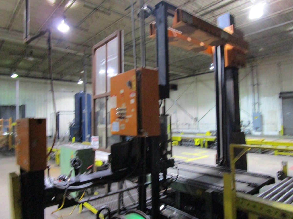 Cyclop ABS-2-60PE Automatic Strapping Machine s/n P1-953-60 | Rig Fee: $3500