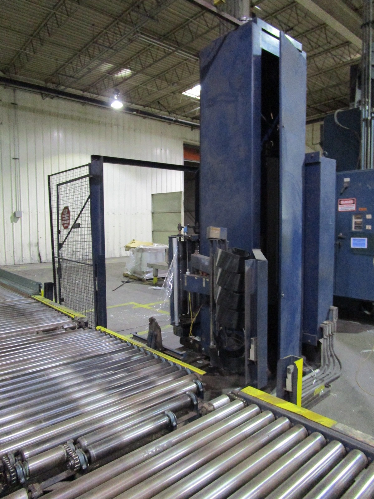 Lantech Automatic Pallet Stretch Wrapper s/n H-0231 | Rig Fee: $2500 - Image 6 of 6