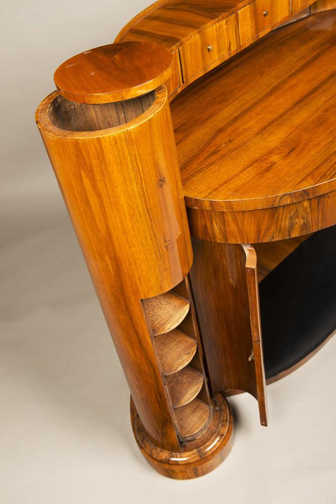 JOSEF DANHAUSER (1805-1845): A LADY'S DESK 1830 99x139x61 cm Walnut, oak. An oval Biedermeier - Image 3 of 6