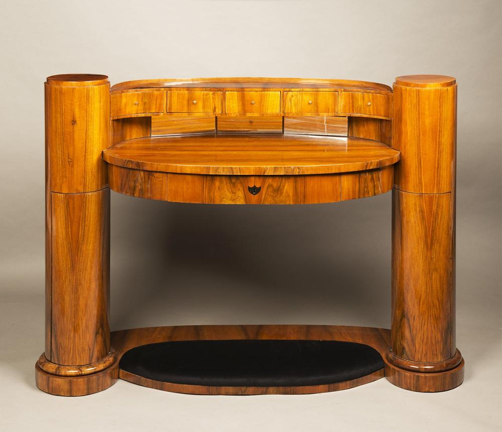 JOSEF DANHAUSER (1805-1845): A LADY'S DESK 1830 99x139x61 cm Walnut, oak. An oval Biedermeier - Image 4 of 6