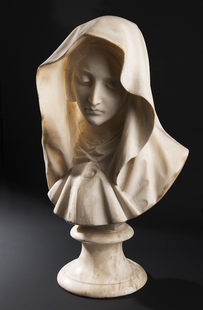 UNKNOWN ITALIAN MASTER: YOUNG LADY WITH A VEIL Around 1850; Italy 61 cm An alabaster bust of a young - Image 5 of 5