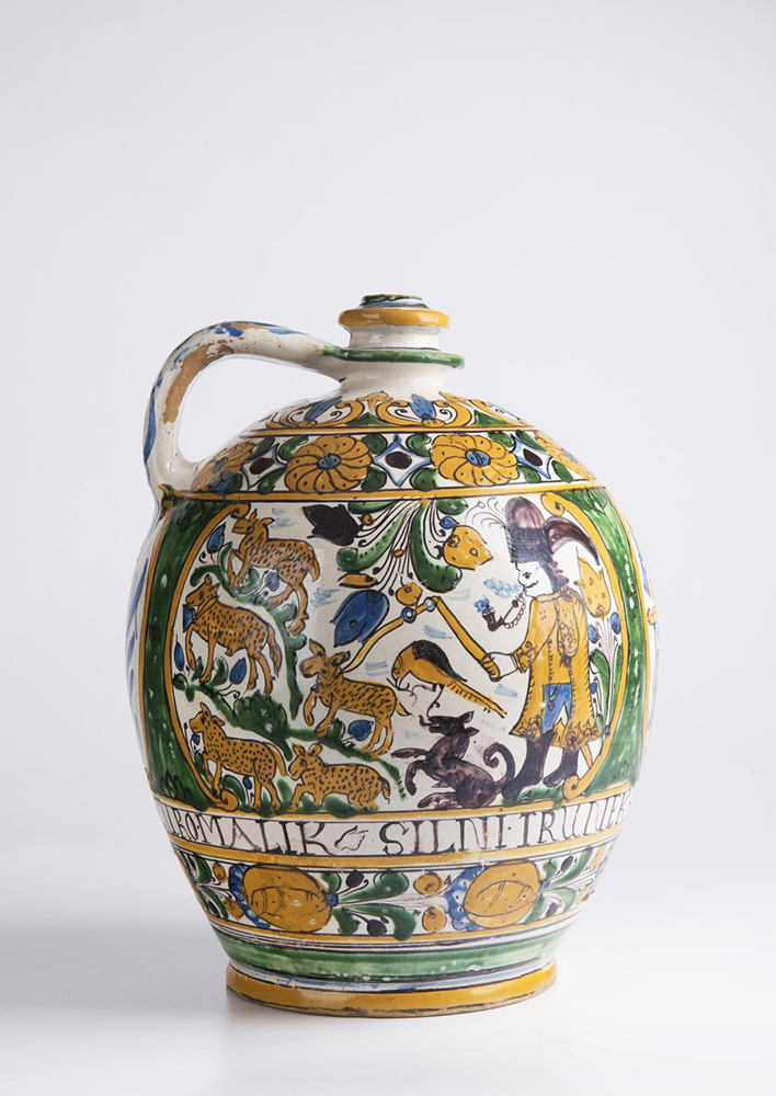 A POST-HABAN JUG OF THE GUILD OF WHEELWRIGHTS 32 cm A jug with a single handle at the top and narrow