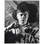 John D. Schiff. Andy Warhol. Zwei Porträtfotografien. Vintages, Silbergelatine. Um 1963. 25,0 : 20,5