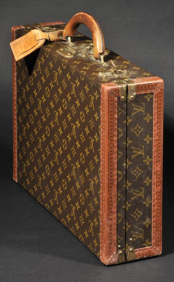 a7c081ea4900 Luggage. A vintage Louis Vuitton briefcase