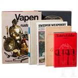 Sechs schwedische Bücher zum Thema Blank- und Feuerwaffen