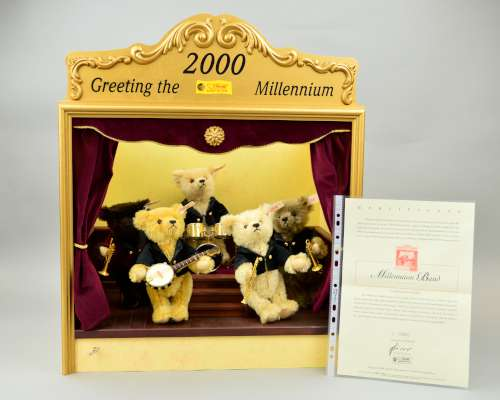 Lot 301 - A BOXED LIMITED EDITION STEIFF MILLENIUM DREAM BAND, No 801/2000, No 033808, to include five teddy