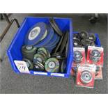 LOT - ASSORTED GRINDING DISC & CUP WHEELS