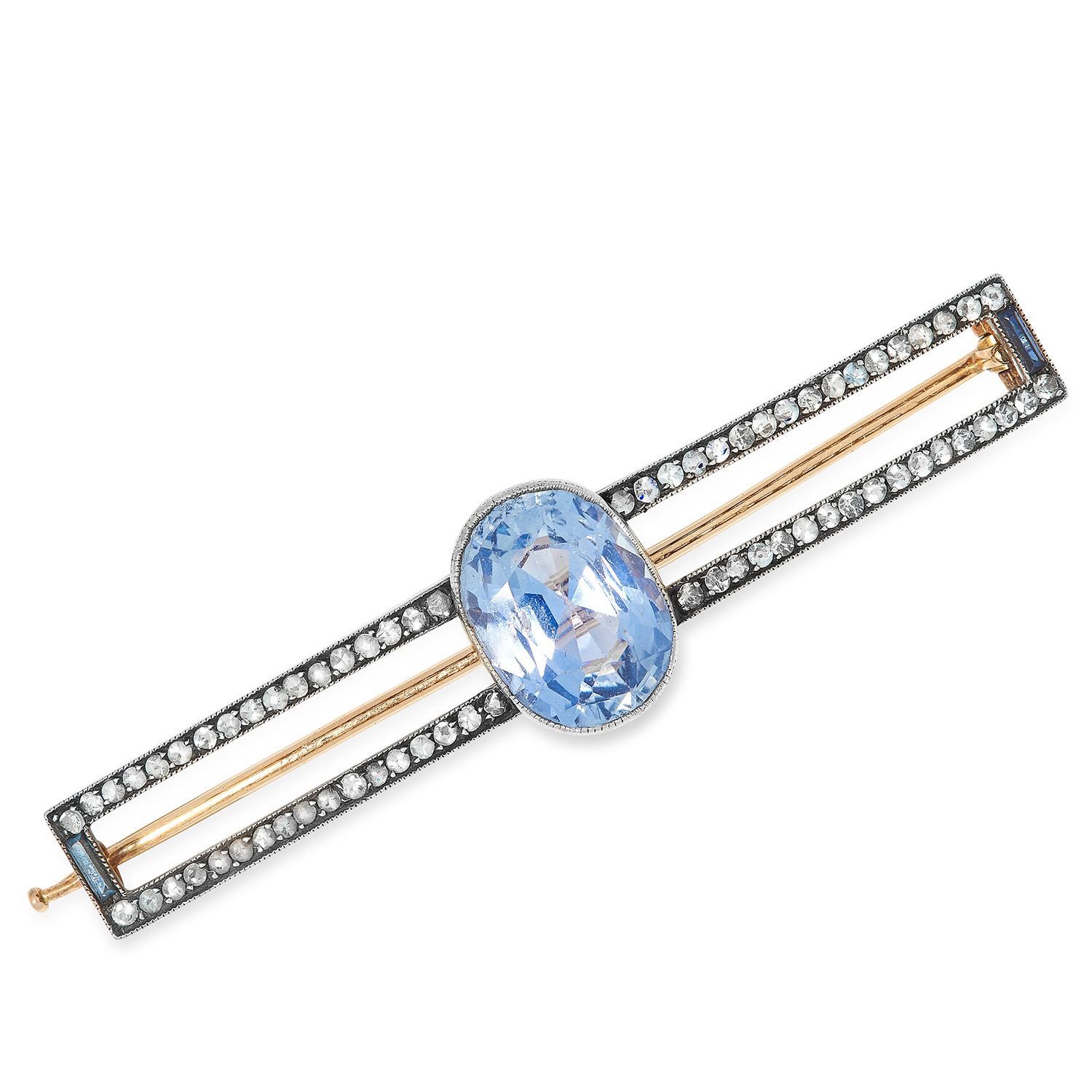 Los 12 - ANTIQUE RUSSIAN SAPPHIRE AND DIAMOND BROOCH CIRCA 1910 set with an oval cut sapphire of 8.05 carats,