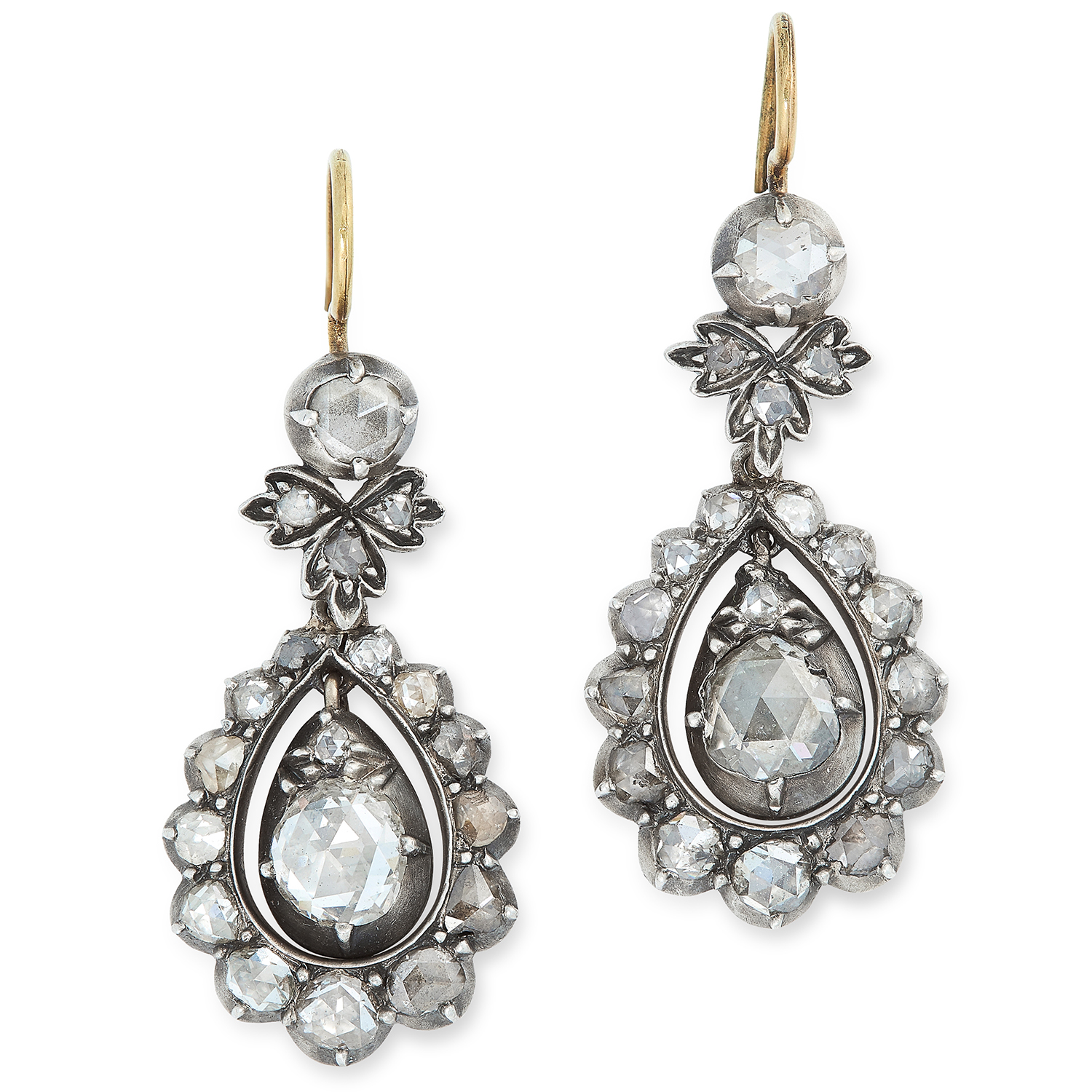 Los 21 - A PAIR OF ANTIQUE DIAMOND DROP EARRINGS set with rose cut diamond drops within a halo of further