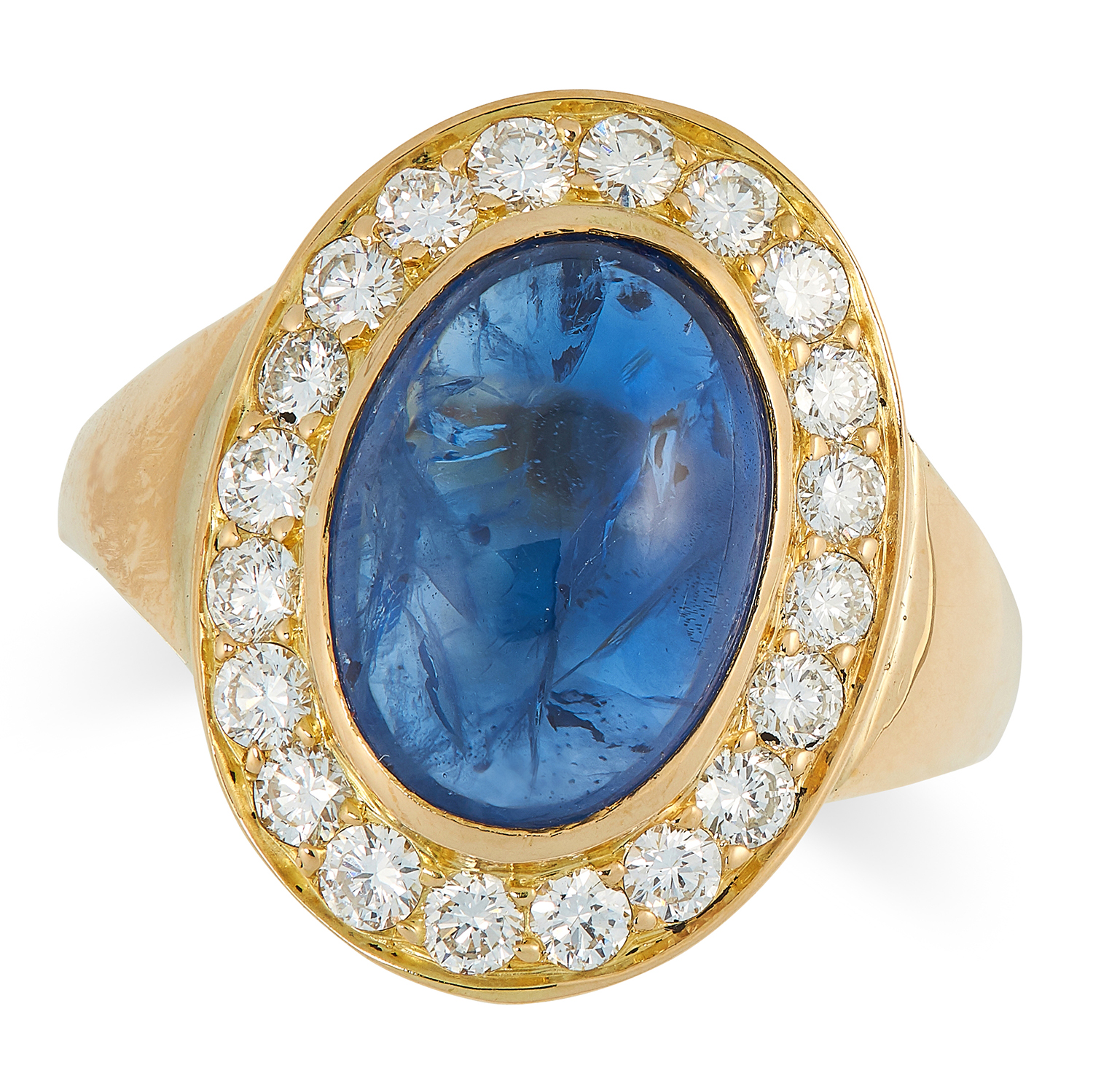 Los 16 - A SAPPHIRE AND DIAMOND CLUSTER RING set with a cabochon sapphire of 8.61 carats in a border of round