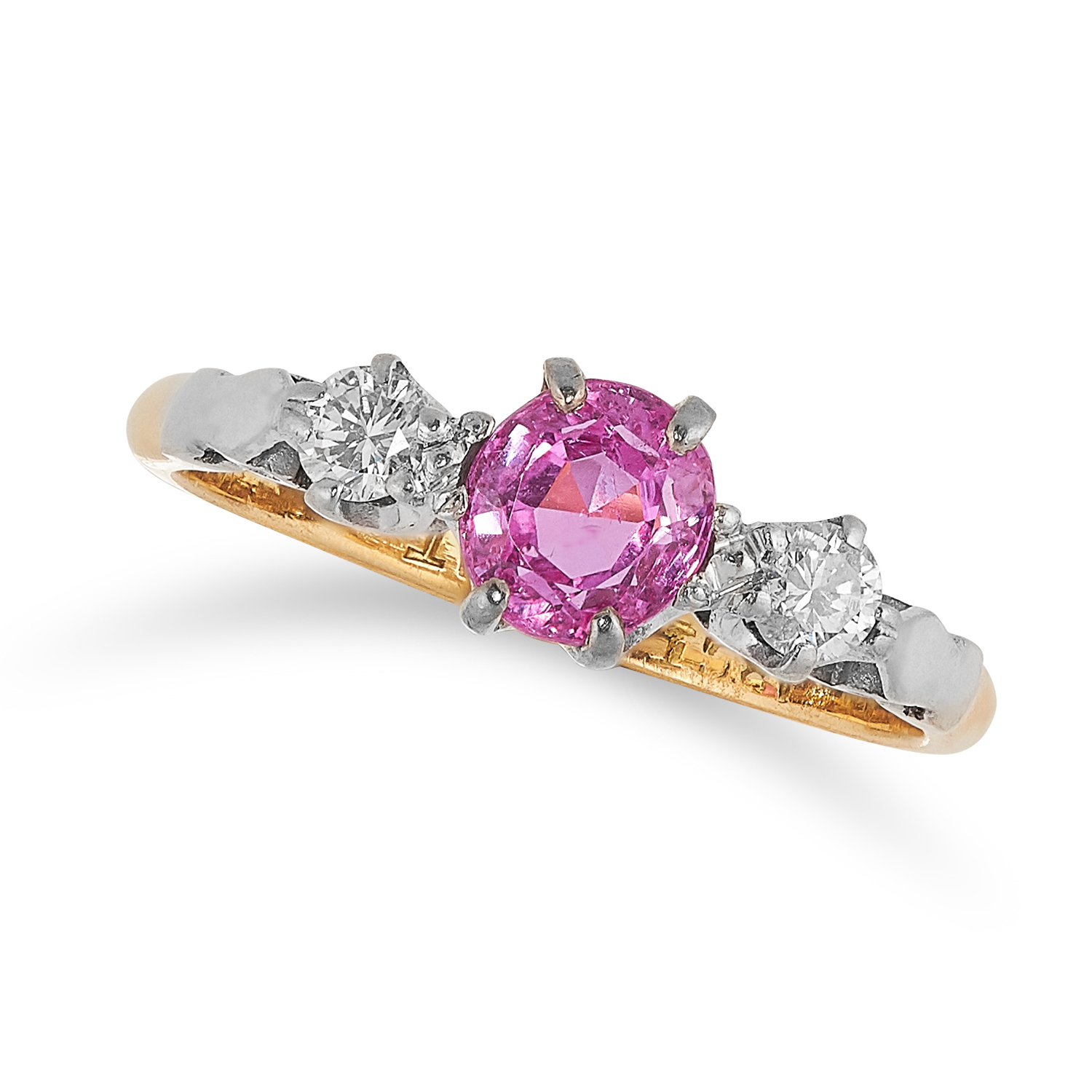 Los 8A - AN ANTIQUE UNHEATED PINK SAPPHIRE AND DIAMOND THREE STONE RING in 18ct yellow gold and platinum, the