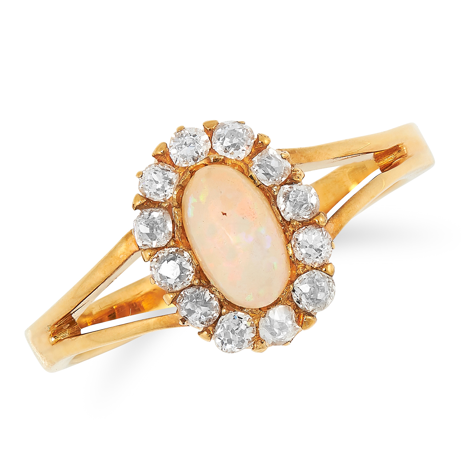 Los 39 - AN ANTIQUE OPAL AND DIAMOND CLUSTER RING set with a cabochon opal in a cluster of old cut