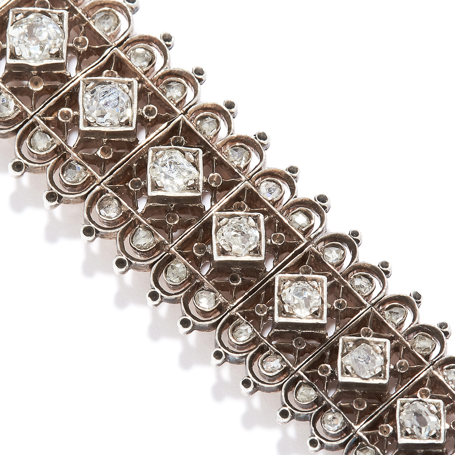 ANTIQUE DIAMOND BRACELET in high carat yellow gold, set with a row of old cut diamonds in detailed - Image 2 of 3