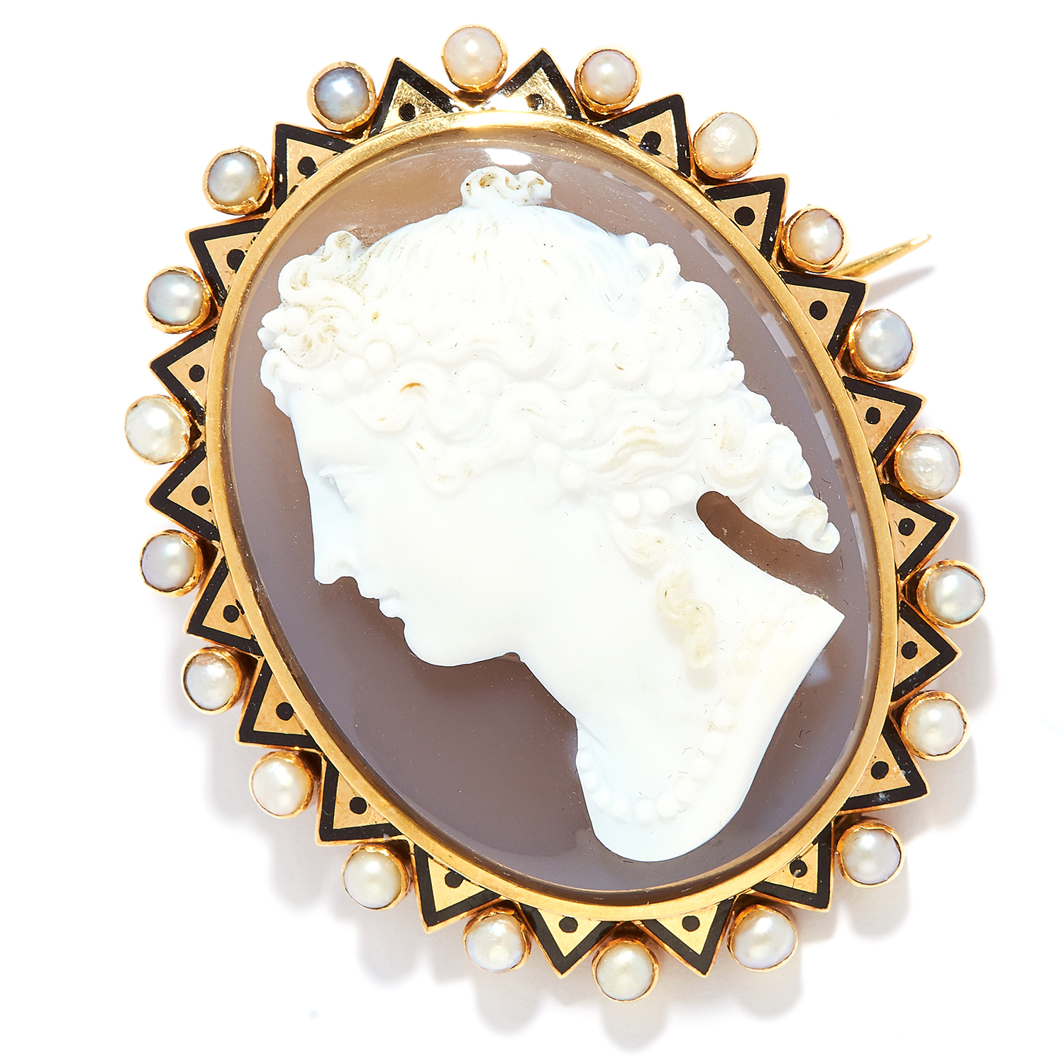 Los 17 - ANTIQUE CARVED CAMEO, PEARL AND ENAMEL BROOCH in high carat yellow gold, depicting a lady in a