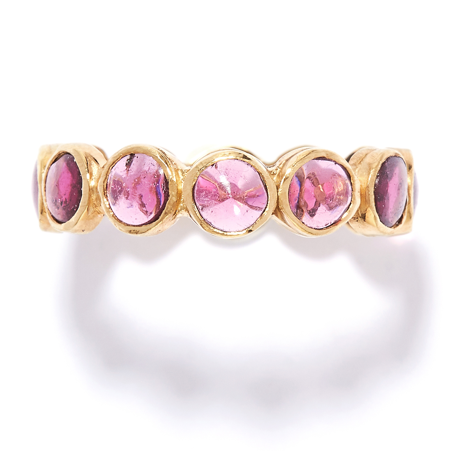 Los 50 - GARNET ETERNITY RING in high carat yellow gold, set with cabochon garnets, unmarked, size N / 7, 1.
