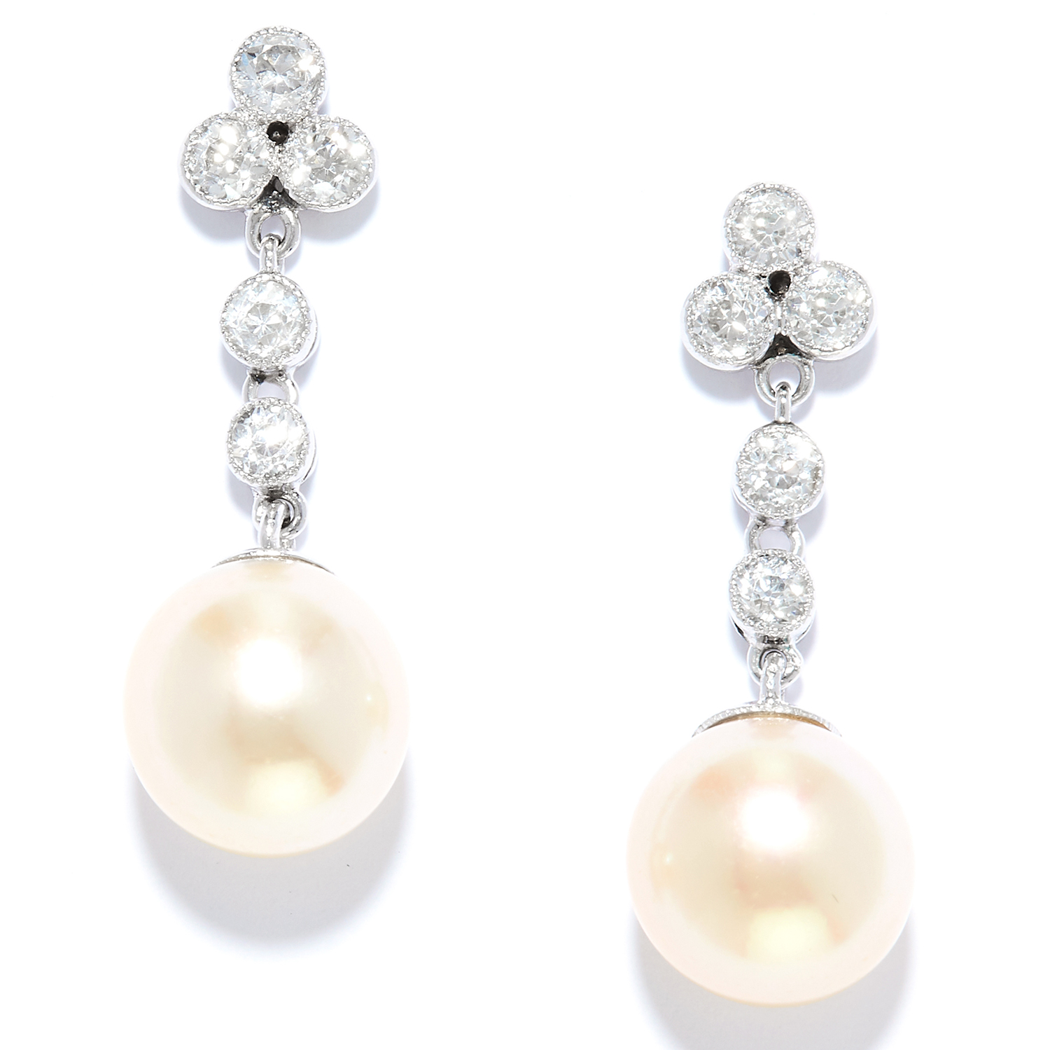 Los 39 - PEARL AND DIAMOND DROP EARRINGS in 18ct white gold or platinum, set with a row of round cut diamonds